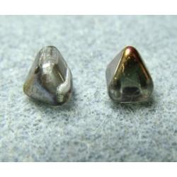 Perles Pyramides 6X6mm Crystal Sliperit(X10)