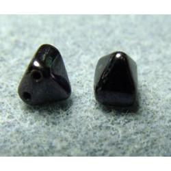 Perles Pyramides 6X6mm Jet Luster (X10)