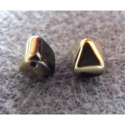 Perles Pyramides 6X6mm Jet Amber (X10)