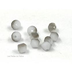 Toupies 4mm White Alabaster Satin- réf. 5301 (x20)