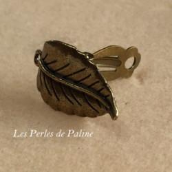 Boucle d'oreille Clip + anneau Bronze Feuille 30x28mm (x2)