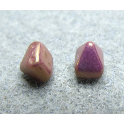Perles Pyramides 6X6mm Alabaster Lila Vega Luster (x100)