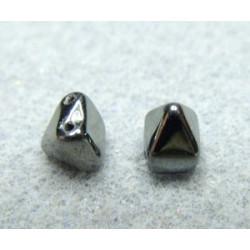 Perles Pyramides 6X6mm Jet Hématite (x100)
