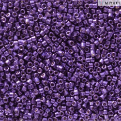 DB2510 Delicas 11/0 Duracoat Galvanized Lilac Night (x 5gr)