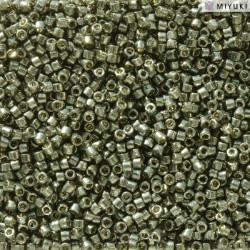 DB2512 Delicas 11/0 Duracoat Galvanized Dark Steel Green (x 5gr)