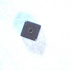 Cube Hématite 4x4mm (x1)