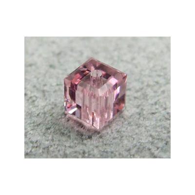 Perle cube en cristal Swarovski 5601 4mm Light Rose (x1)