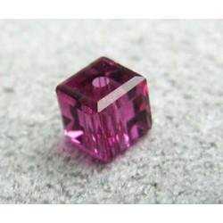 Perle cube en cristal Swarovski 5601 4mm Fuchsia (x1)