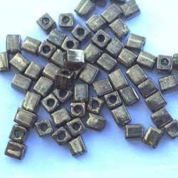 SB4-3456 Cubes 4mm Miyuki Bronze Olive (x10gr)