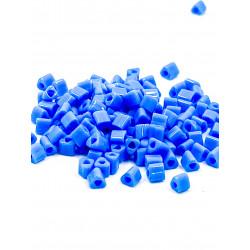 Triangles 11/0 référence 43D Medium Blue Opaque (x10)