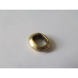 Passant Oval métal Bronze 15.7X18mm(X1)